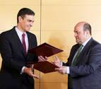 El PNV y PSOE pactan que el Estado traspase Tráfico a Navarra en 6 meses