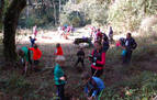 Auzolan del colegio de Larraintzar para la cueva de Abauntz