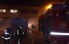 Un incendio afecta a las instalaciones de una empresa en la Ciudad del Transporte