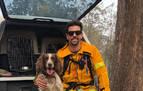 Una perra ayuda a rescatar koalas en los incendios de Australia