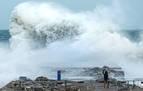La borrasca Gloria deja cuatro muertos en España y daños en la Península y Baleares
