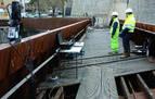 Así se hizo la prueba de carga en la pasarela de Labrit: sensores y 3 personas de peso medio