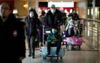 El coronavirus causa ya 56 muertes y 1.975 contagios en China