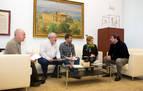 Miembros del Foro Social Permanente acuden al Parlamento de Navarra