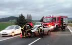 Un herido tras el choque entre dos vehículos en la AP15 en Tiebas