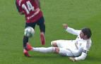 Sergio Ramos debió ver la roja por esta fea entrada a Rubén García