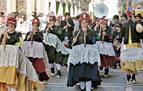 El desfile de los caldereros anuncia la llegada del carnaval a Pamplona