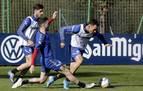 La mejora del contrato de Kike Barja, el primer paso del plan de Osasuna