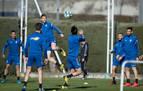 Oier no participa en el penúltimo entrenamiento antes de medirse al Granada