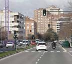 La 'llamativa' diferencia de semáforos en la calle Sadar