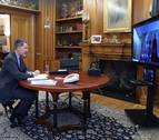 Felipe VI ha mantenido una conversación con el presidente de Cámara Navarra