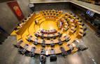El Parlamento de Navarra estudiará este lunes ampliar los asistentes a los plenos