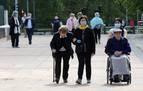 Sanidad flexibiliza los paseos: hasta 15 personas en la fase 2