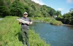 El primer salmón del Bidasoa