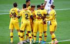 Arturo Vidal sostiene al Barcelona en la lucha