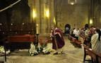 Los monjes de La Oliva y decenas de personas despiden al abad fallecido