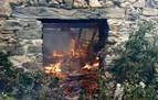 Un hombre quema su casa y su furgoneta en Goizueta