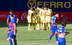 Remontada del Villarreal en el debut de Estupiñan
