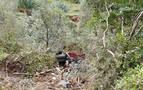 Un camionero, herido tras salirse de una pista y precipitarse 200 metros