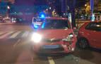 Da positivo en alcohol tras chocar contra tres coches aparcados en Pamplona