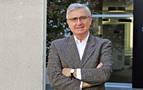 """Fernando Sarráis, psiquiatra: """"Hay que vacunarse del covid y de todo lo que nos hace sufrir"""""""