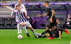 El Alavés se repone gracias a un Valladolid en inferioridad numérica