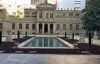 Chivite estrena puesta en escena en el Palacio de Navarra para recibir a Sánchez
