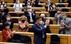 El CIS mantiene la distancia entre PSOE y PP con Vox y Cs al alza