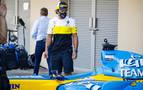 Alonso vuelve a pilotar el R25 con el que ganó su primer título mundial