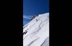 Un esquiador, arrollado por un alud en Astún