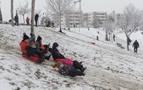 Tudela disfrutó de 15 cm de nieve en una jornada sin apenas problemas