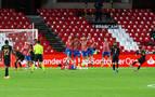 Griezmann y Messi lideran al Barcelona