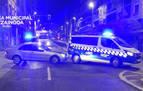 Colisiona con un vehículo de la Policía Municipal y cuadruplica la tasa de alcohol