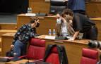 Pintoresco baile de alianzas en el Parlamento de Navarra