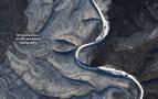 Localizan desde el espacio unas misteriosas rayas en colinas de Siberia