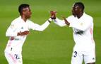 Los clubes de fútbol exceden el límite salarial en 484 millones de euros