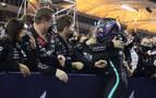 Victoria de Hamilton en Baréin, con Sainz octavo y Alonso retirado por un problema en los frenos