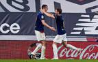 Osasuna celebra la permanencia con un empate en Bilbao