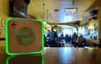 Los bares y restaurantes abren interiores con niveles de CO2 bajo control