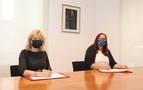 El Gobierno foral firma un convenio con la AVT para la atención a víctimas