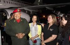 Chávez regresa a Venezuela