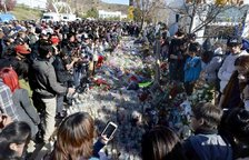 Miles de personas homenajean al actor Paul Walker