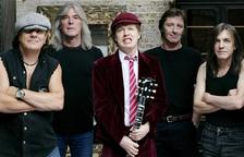 AC/DC, con Malcom Young a la izquierda.