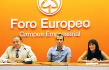 Rueda de prensa en Foro Europeo, con Patxi Puñal