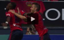 Roberto Torres y Cedrick celebran un gol de Osasuna