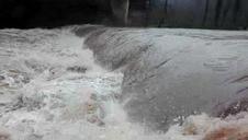 Río Bidasoa. Presa de Murgues. Aguas arriba de Igantzi