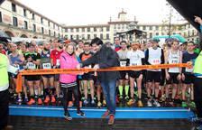El guipuzcoano Beñat Arnaiz y la pamplonesa Inma Sainz, campeones de la Media Maratón de Tudela