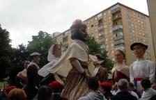 Concentración de comparsas en Barañáin
