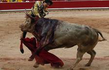 Grave cogida a Roca Rey en Pamplona