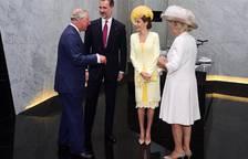 Recepción de Isabel II a los Reyes de España